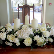 top-table-flowers-creams-greens-bouvardia-rose-hydrangesa-candles-ceremony-flowers-whiet-and-cream-modern-weddings-wedding-flowers-leeds-wedding-florist-leeds-wedding-flowers-yorkshire-190x190