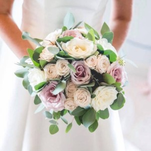 3 wedding flowers leeds, wedding flowers yorshire, yorkshire florist wedding