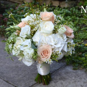 peach cream wedding flowers bridal