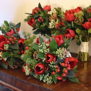 red tulip christmas winter red bouquets pine cones copy