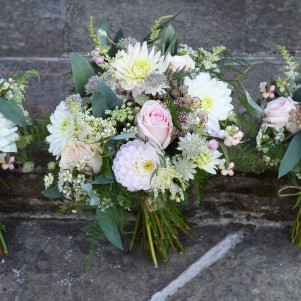 wedding flowers bouquet natural woodland pastel rustic
