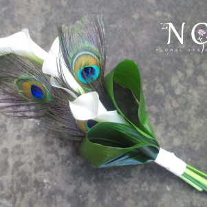white calla and peacock feathers, bridesmaid flwoers bouquet